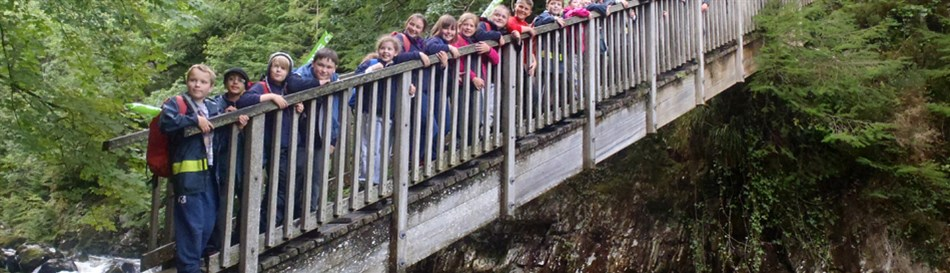 Curriculum sessions and school field trips in Snowdonia